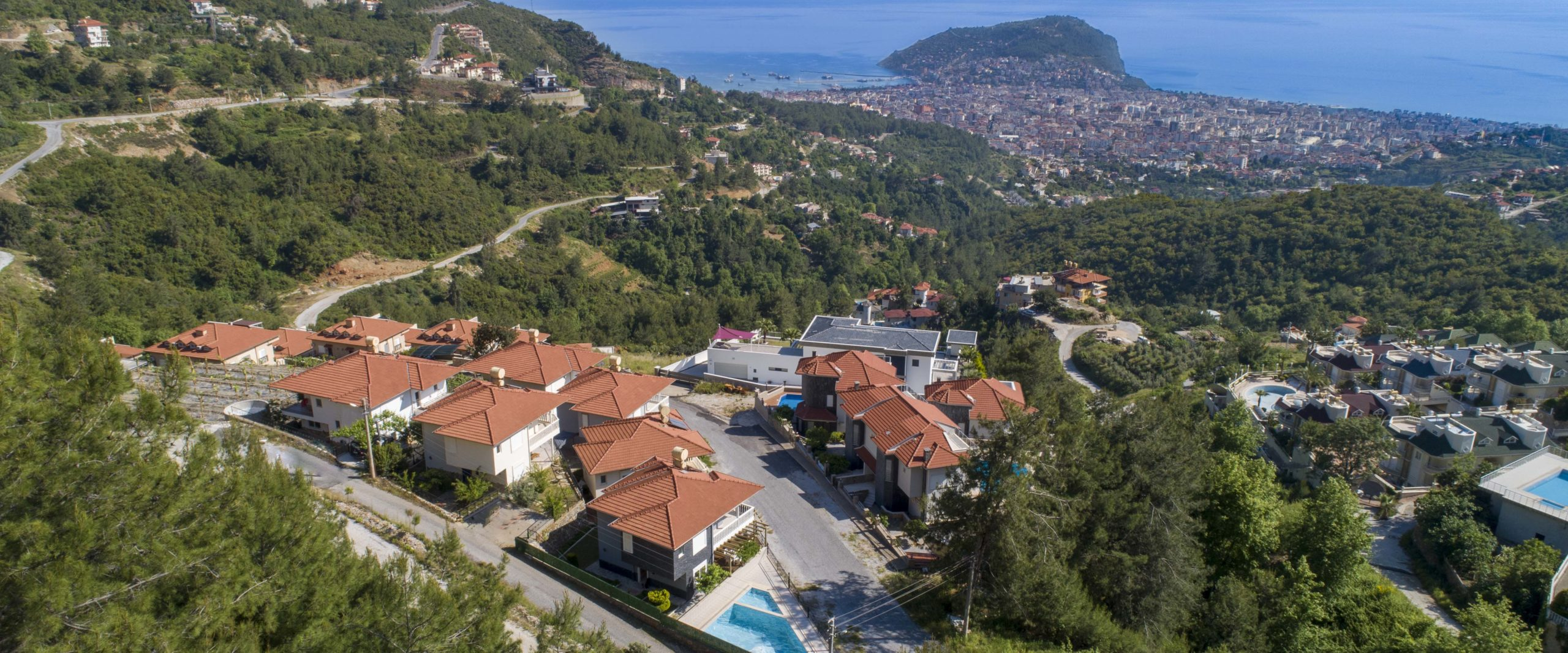 Villa for Rent in Alanya with Sea, Castle and Nature Views