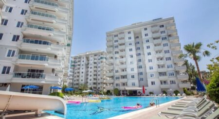 Seaview Penthouse with Rooftop Jacuzzi for Sale in Alanya