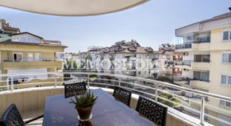Resale Penthouse in Oba Alanya, with Pool and Friendly Surroundings